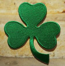 Ecusson Patch thermocollant brodé Trèfle vert Irish