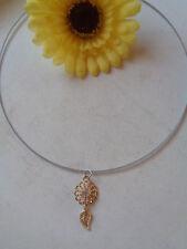 Außergewöhnliche Kette Halsreif Anhänger Blume Strass Blatt  rose'gold