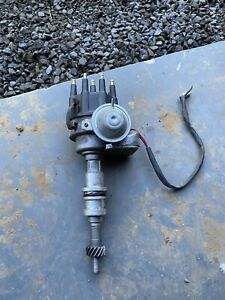 Windsor 302 289 Distributor