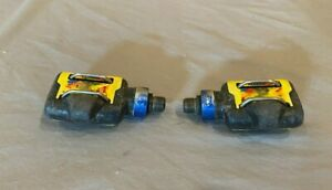 """Vintage TIME ATAC Clipless Mountain Bike Cycling Pedals w/9/16"""" Spindle Yellow"""