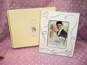 """NIB, """"LENOX AMERICAN BY DESIGN 5 X 7"""" TRUE LOVE IVORY & SILVER PICTURE FRAME"""""""