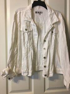 CLEARANCE - JENNEFER LOPEZ Chic Escapes Denim White Long Sleeved Jacket size XL