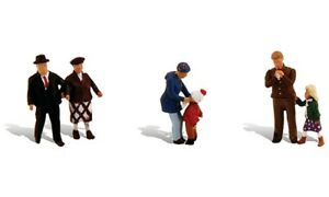 Woodland Scenics - Scenic Accents® Figures -- Young & Old pkg(6) - HO  - A1956