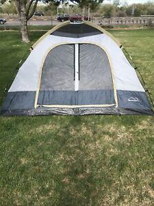 Boulder Creek  Divided Hawksbill 4person tent!