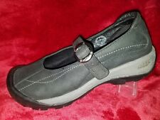 KEEN Womens Mary Janes Black Leather BuckleHiking Flats Shoe 7, Barely Worn (3)