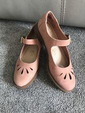 Ladies Clarks Somerset Suede Pale Pink Buckle Fastening Shoes uk5 D 38 MARY JANE