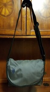 "Timbuk2 Classic Gray & Black Messenger Cross Body Bag XS **14"" x 10.5""x 5.5"""