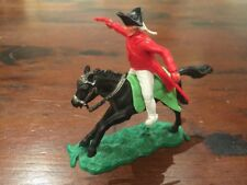 """Timpo AWI British Redcoat Officer - Lime Green """" Sabre Crossed"""" Saddle - 1960's"""
