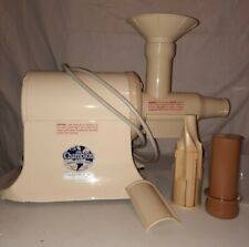 THE CHAMPION JUICER, Heavy Duty, Model G5-NG-853S - Works Great!