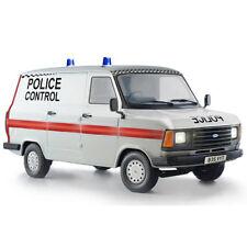 ITALERI Ford Transit Van MK III 'UK Police' 3657 1:24 Car Model Kit