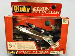 DINKY TOYS ZYGON PATROLLER NUOVO MADE IN ENGLAND VINTAGE