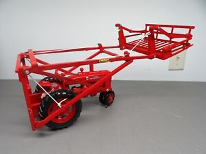 ERTL IH Farmall McCormick M Tractor w Farmhand Hay Loader 1/16