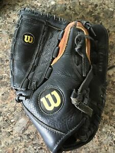 Wilson A500 Baseball Glove A0502 12inch Right Handed Throw