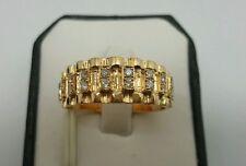 Ringe mit Diamanten gefüllte