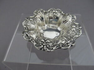 REED & BARTON FRANCIS 1ST STERLING SILVER NUT DISH