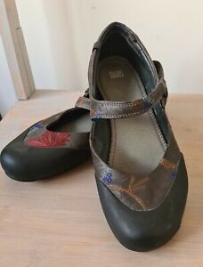 Camper Twins Women's Flat Shoes-Size 39.  V.G.C Preloved.