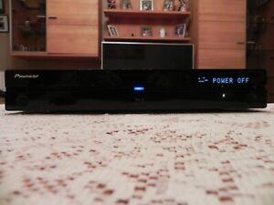 Pioneer BDP 320 Blu-Ray Player