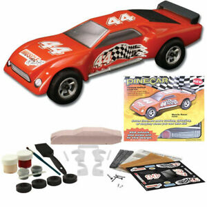 Pinecar Premium Car Kit Muscle Racer