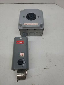 Dayton 2E207 Line Volt Mechanical Thermostat w/ Leviton 2510 Receptacle