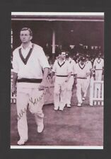 RICHIE BENAUD SIGNED 7.5 BY 5 INCH PHOTO WILL COMES WITH ITS OWN C.O.A