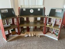Sylvanian Families Grand Regency Hotel With Furniture And Mouse Family
