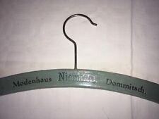 """ANTIK Kleiderbügel Modenhaus Niemann Dommitsch """"Wollwirker"""" Strick - Kleidung"""