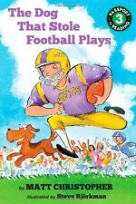 The Dog That Stole Football Plays (Passport to Reading Level 3) by Matt Christop