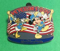 Disney Pin Mickey Mouse & Donald Duck Veteran's Day American Flag LE
