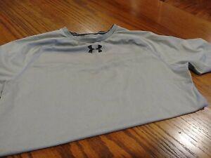Mens under armour compression shirt large