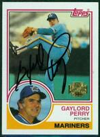 Original Autograph of Gaylord Perry HOF of the Mariners on a 1983 Topps Archive