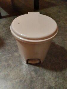 Mini poubelle