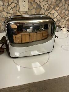 Vintage 1950's Toastmaster 1B14 Toaster 2-Slice Pop-up Chrome Bakelite WORKS