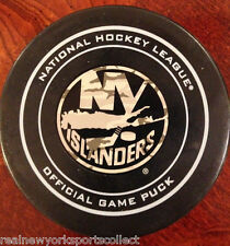 2011 NEW YORK ISLANDERS OFFICIAL VETERAN'S DAY MILITARY APPRECIATION CAMO PUCK