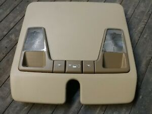 1994-2000 Volvo 850 S70 V70 C70 OEM Tan Overhead Console Dome Light Assembly