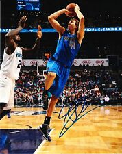 Dirk Nowitzki - DALLAS MAVERICKS -  8X10 PHOTO signed