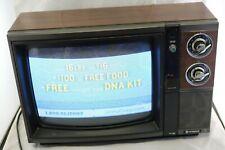 """Vtg 1980s Hitachi CRT 13"""" Tube TV Dials Knobs Woodgrain (Professional Shipping)"""