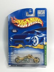 Hot Wheels - 2001 TREASURE HUNT SERIES 5/12 - BLAST LANE - Gold Motorcycle 005