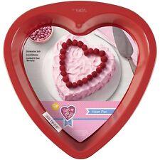 """Wilton Heart Pan Non Stick 9"""" Red"""