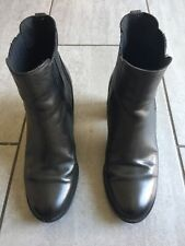 Timberland Ladies Black Heeled Ankle Boots Size 7. Good Condition.
