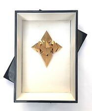 GIVENCHY 4TH BLACK BOX 2009 LIMITED EDITION 35 / 100 GOLD PLATED JEWEL BROOCH