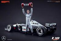 1:18 Mika Häkkinen figurine VERY RARE !!! NO CARS !! for Mercedes Mclaren by SF