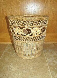 Vintage Natural Wicker Bathroom Wastebasket Trash Can Round Circular Basket