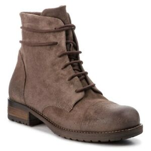 BNIB Clarks Ladies Adelia Stone Taupe Suede Ankle Boots