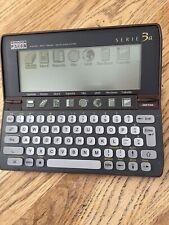 Psion 3a, Limited Edition, Wurzelholzdesign, 2MB RAM, deutsche Tastatur