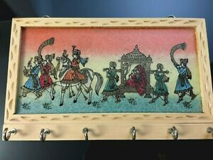 """WOOD KEY CHAIN WALL HOLDER WITH SIX HOOKS FROM INDIA 8 1/2""""X 5"""""""