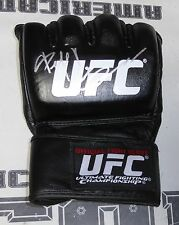 Fedor Emelianenko Signed Official UFC Fight Glove PSA/DNA COA Pride FC Autograph