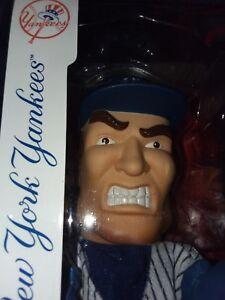 LOT 2) BOXING HAND PUPPETS BRAND NEW YORK YANKEE HELMET MLB ALL-STAR 2010 TPHLC