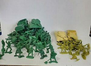 Vintage Green/Beige Army Men Made in Hong Kong  2 Tanks/Jeeps Lot of 100 Plus