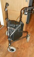 DAYS TRIPOD WALKER VERY STURDY SHOPPING BASKET IN THE CENTRE & BRAKES ON HANDLES