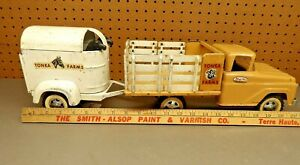 TONKA FARMS STAKE DELIVERY TRUCK AND TONKA HORSE TRAILER with 2 HORSES